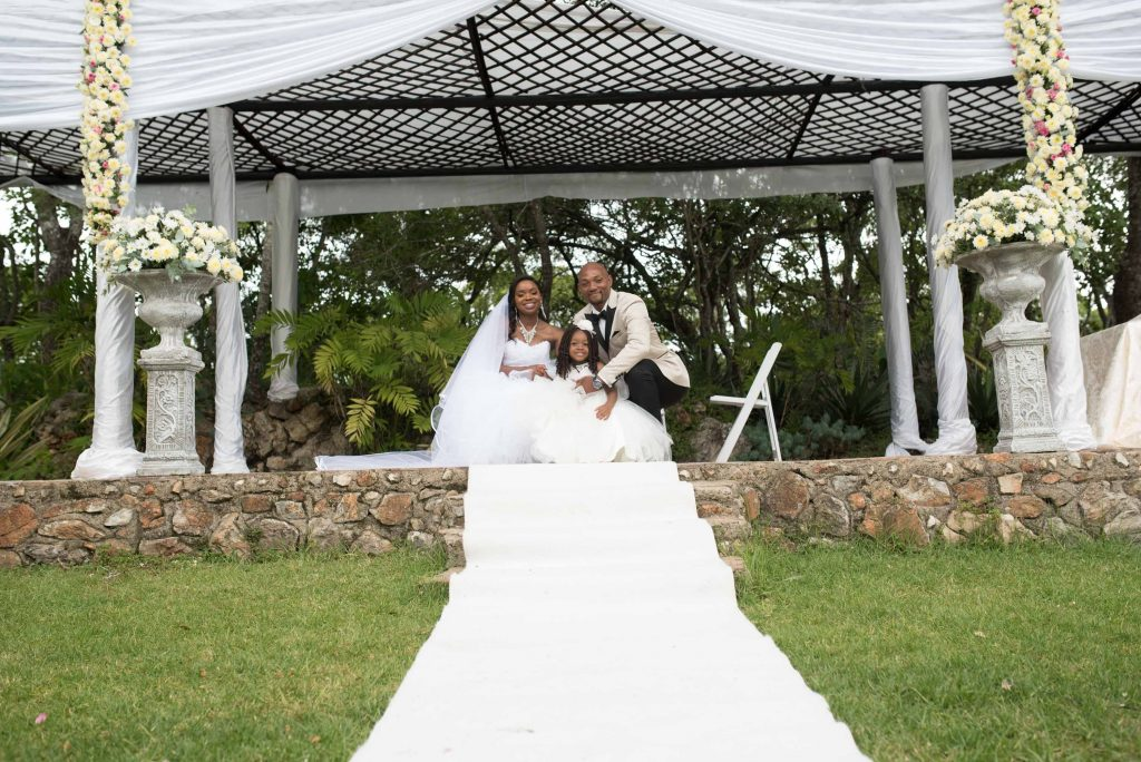 kundai mendissa dube and ralph kangai wedding - Real Zim weddings photos - African Weddings on Wedding Expos Africa